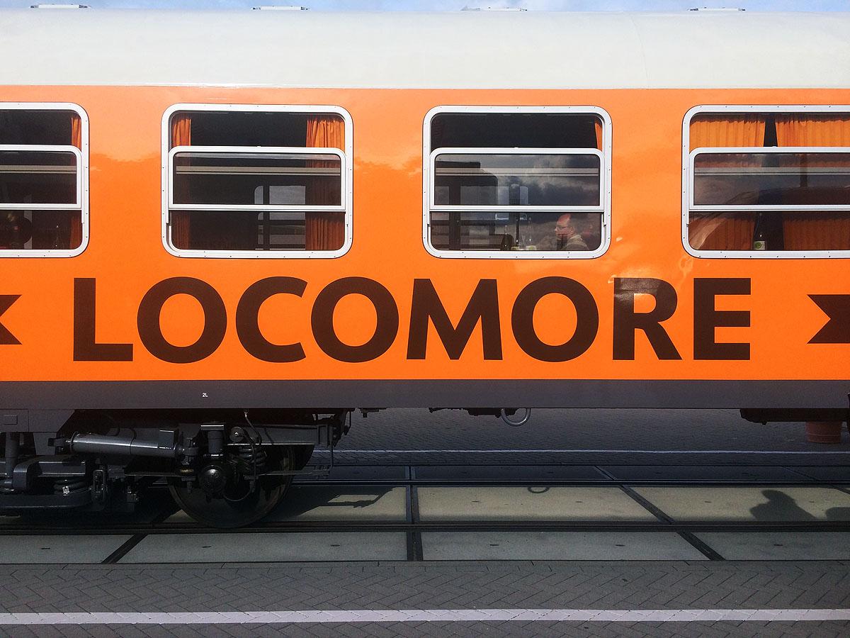 Locomore coach