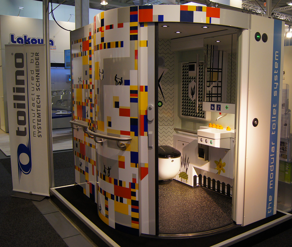 Mondriaan inspired toilet for the Netherlands (Stadler Flirt NS)