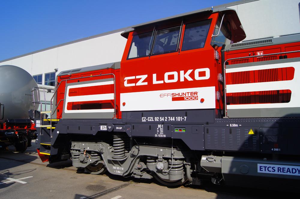 CZ Loko 744