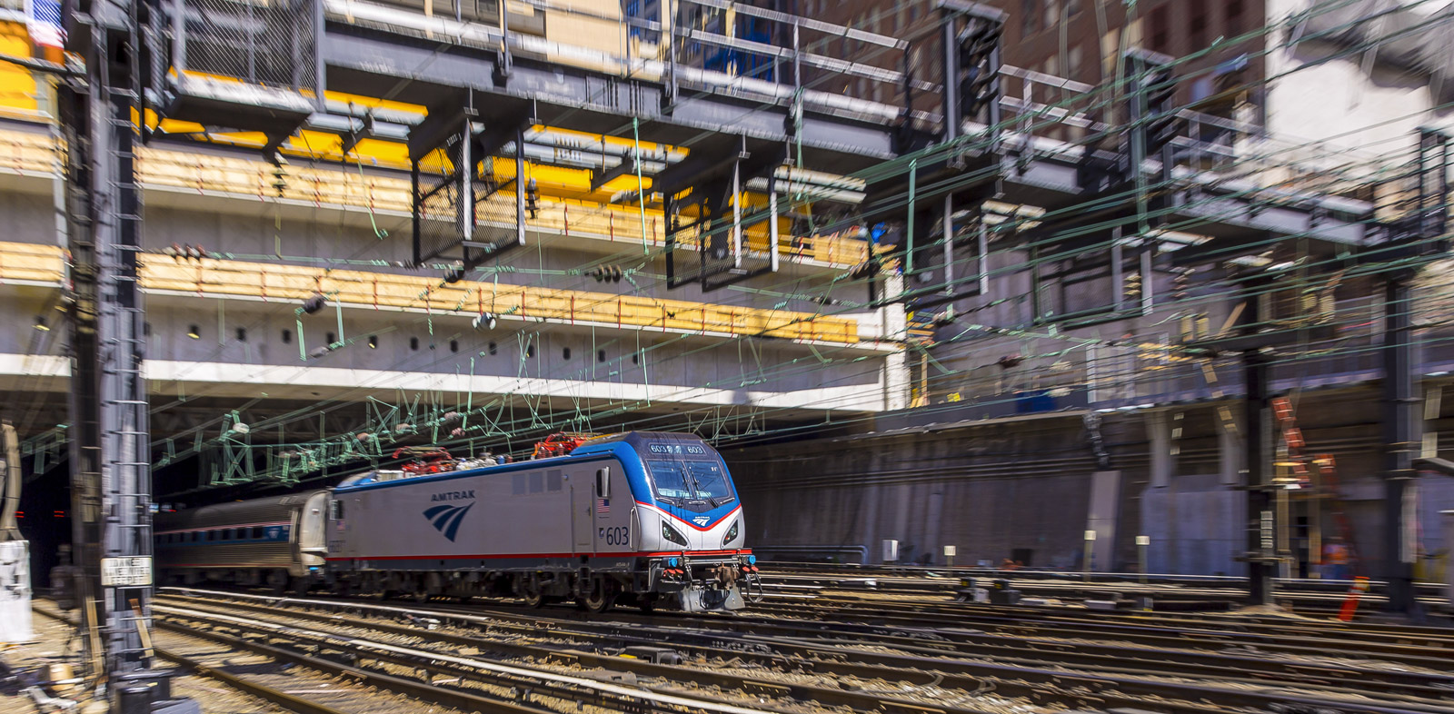 Siemens_ACS64_Amtrak_070
