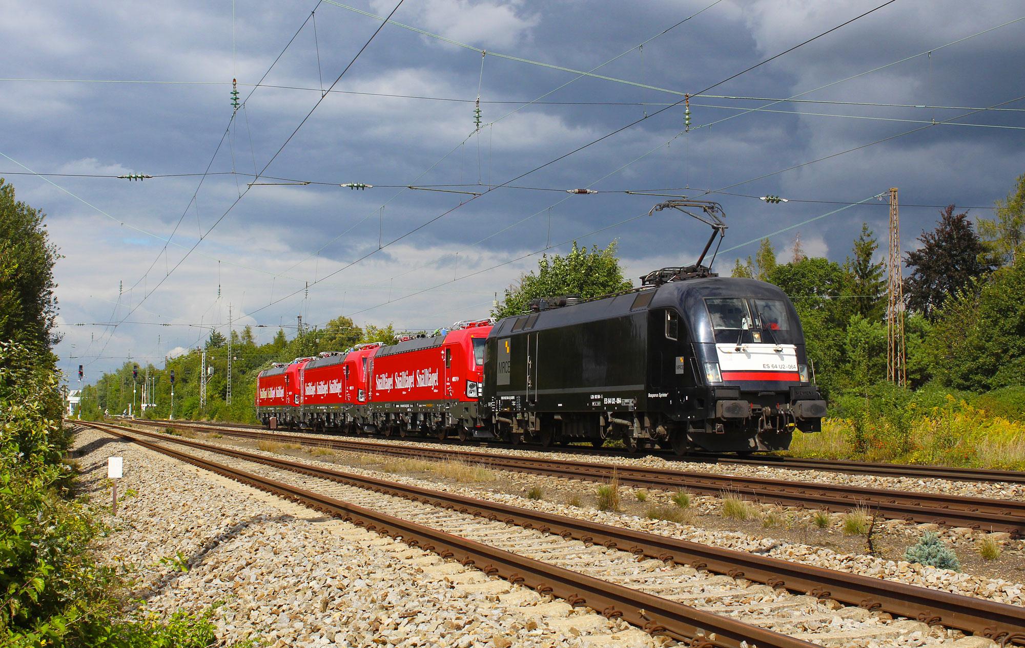 ELL 193 253, 254 and 255 on their way to Salzburg to touch Austrian ground, 05.09.2016 - Michael Raucheisen